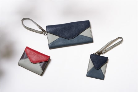 Rin Wallet ¥12,960 / Long Wallet ¥18,360 / Pass Case ¥6,480
