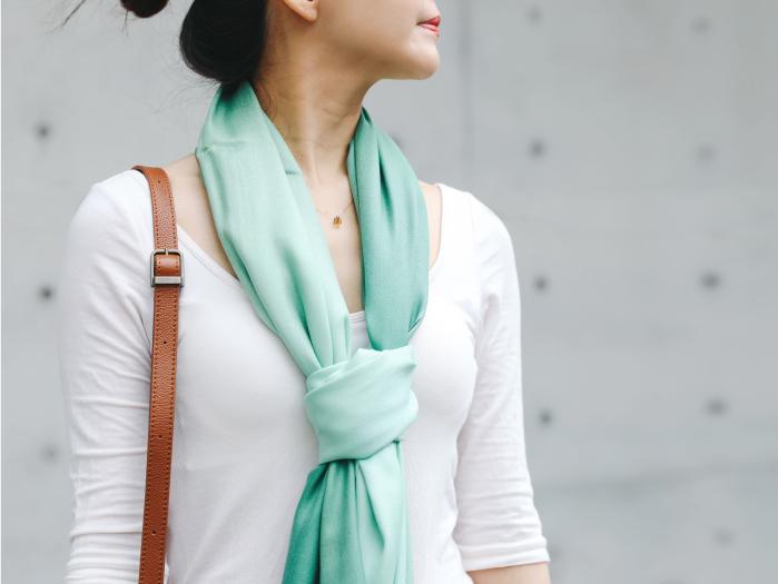 防曬冷房必備!春夏輕薄披肩圍巾