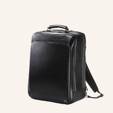 3 Compartment Backpack 25,900元
